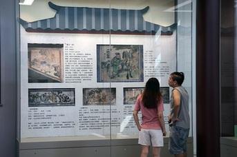 """假期打卡南漢二陵博物館 走進""""畫中好世界"""""""
